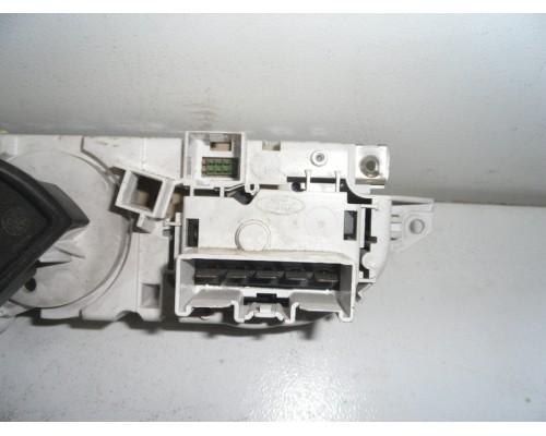 Блок управления отопителем Ford Focus II 2005-2011 (3M5T19980AD)