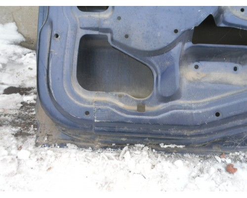 Дверь задняя правая Mitsubishi Carisma (DA) 1995-1999 (MR392303)