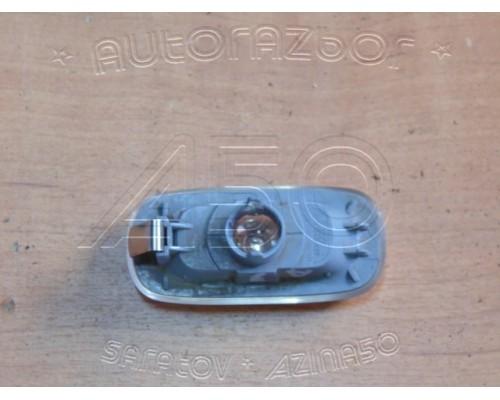 Повторитель на крыло Audi A3 [8PA] Sportback 2004-2013 (8E0949127)