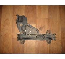 Кронштейн заднего бампера Audi 100 [C4] 1991-1994